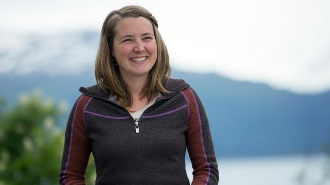 Eve Kilcher's Wiki: Age, Death, Net Worth, Sister, Education, New Baby, Wedding