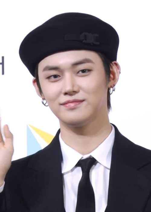 Yeonjun as seen while smiling in a picture taken at Soribada Awards on August 23, 2019