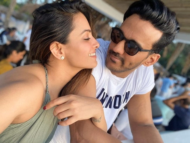 Anita Hassanandani as seen while taking a selfie along with husband Rohit Reddy in November 2019