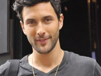Noah Mills Height, Weight, Age, Body Statistics, Biography, Family, Facts