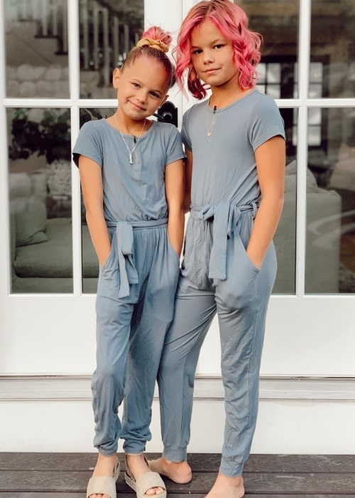 Perri LeRoy and her sister Reese LeRoy in a picture that was taken in September 2020