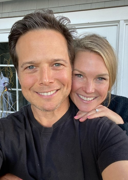 Scott Wolf as seen while taking a selfie with wife Kelley Limp