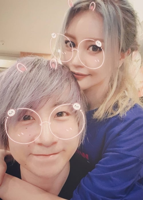 Maxmello as seen in a selfie with his beau Wengie in January 2020