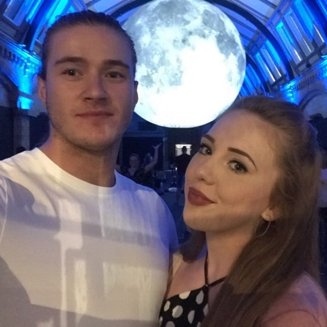 Isla Dawn as seen in a selfie that was taken with wrestler Lewis Howley in August 2019, at the Natural History Museum, London