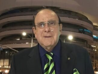 Clive Davis Height, Weight, Age, Family, Facts, Education, Biography