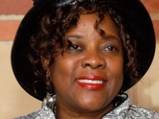 Loretta Devine Height, Weight, Age, Spouse, Family, Facts, Biography