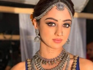 Sandeepa Dhar Height, Weight, Age, Body Statistics, Biography, Facts