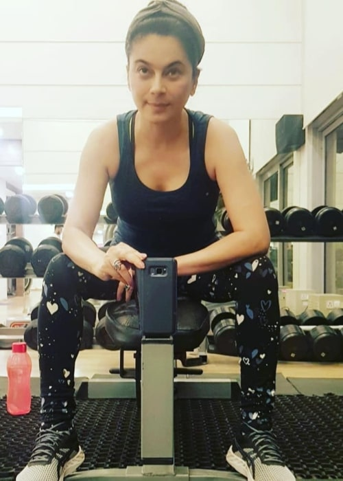 Tassnim Sheikh as seen in a selfie that was taken at the gym in March 2021