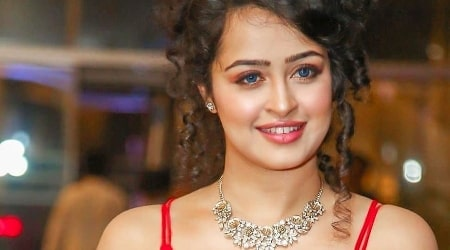 Apsara Rani Height, Weight, Age, Body Statistics, Biography, Family, Facts