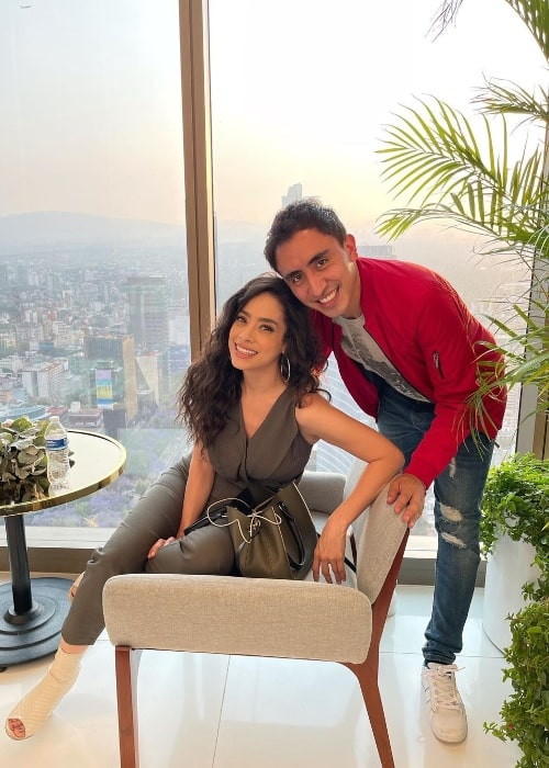 Fátima Molina and Jesus Elizalde in an Instagram post in March 2021