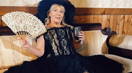 Suzanne Hollister Height, Weight, Age, Spouse, Children, Facts, Biography