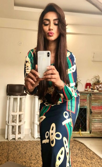Mahek Chahal as seen while clicking a mirror selfie in July 2021