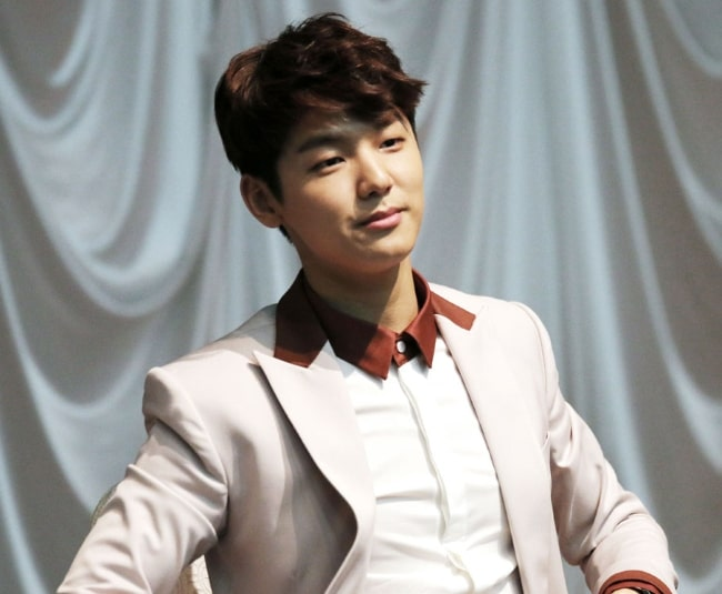 Kang Min-hyuk as seen at CNBLUE's mini-album 'Can't Stop' fan sign event at the Airforce Club in the Yeongdeungpo District of Seoul, South Korea on March 21, 2014