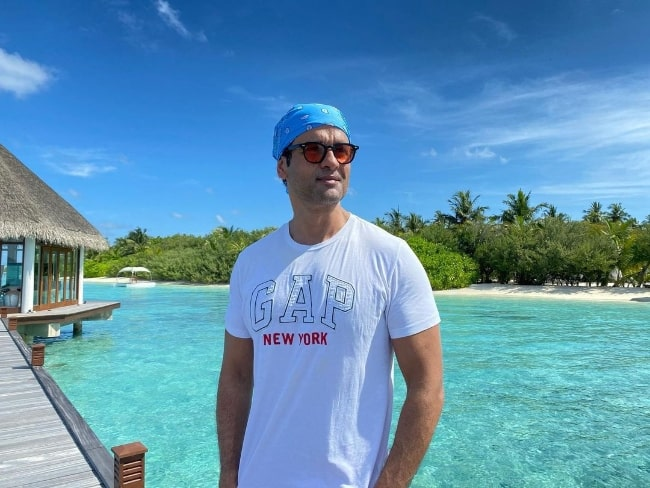 Rohit Roy enjoying his time in Maldives in March 2021