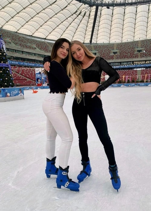 Marta Rentel as seen in a picture that was taken with Kaja Soboń at the Zimowy Narodowy in January 2020