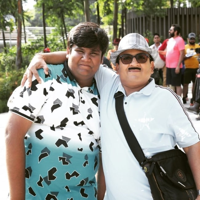 Kush Shah (Left) and his 'Taarak Mehta Ka Ooltah Chashmah' co-star Dilip Joshi as seen in an Instagram post in March 2019