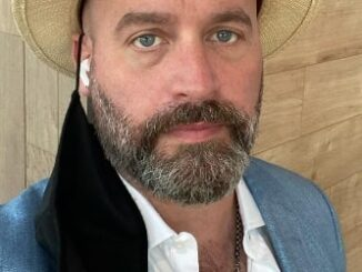 Tom Segura Height, Weight, Age, Body Statistics, Biography, Family, Facts