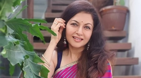 Bhagyashree Height, Weight, Age, Spouse, Children, Facts, Biography