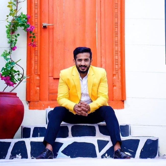 Anchor Ravi as seen in a picture that was taken in October 2020