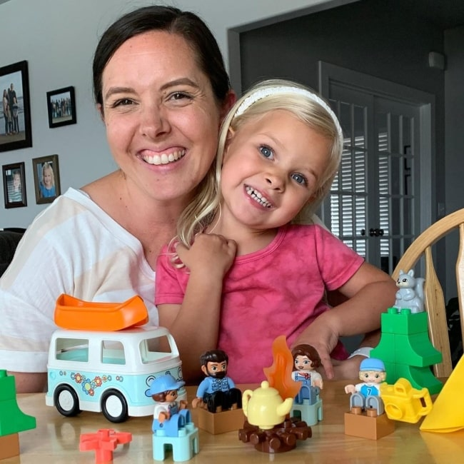 Janae Johnston as seen in a picture with her mother Kendra in August 2021